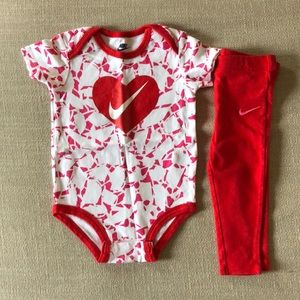 NWOT Nike Outfit 18 Months